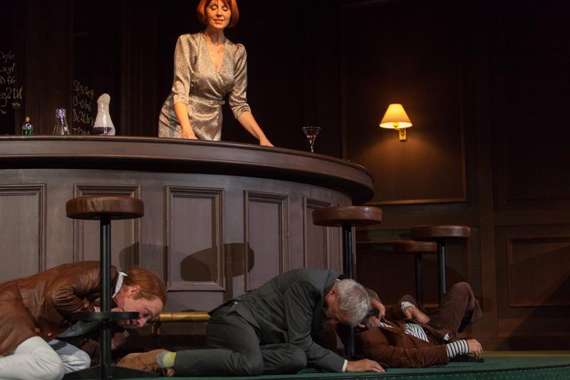 Theater Basel / Isoldes Abendbrot / Graham F. Valentine,   Anne Sofie von Otter, Ueli Jäggi, Raphael Clamer